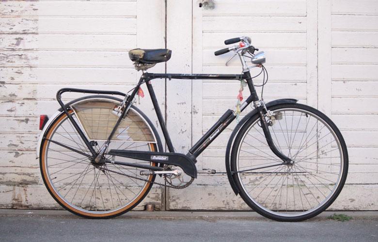 Bicyclette Batavus de 1980 avant restauration