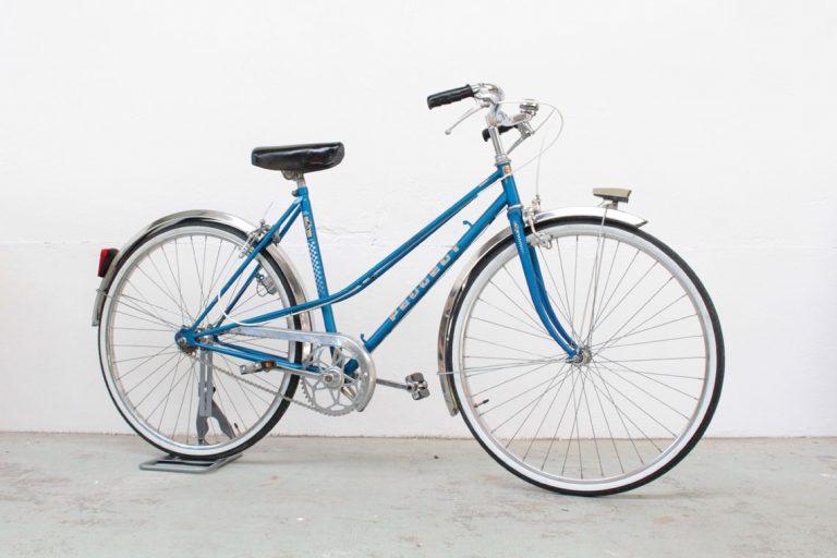 Vélo vintage pour femme restauré dans notre atelier de Rennes